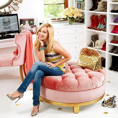 ashley-tisdale-closet