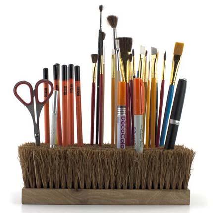 broom-brush-holder