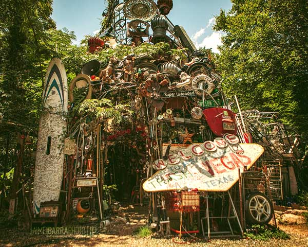 cathedral_of_junk-by_jaimeibarra