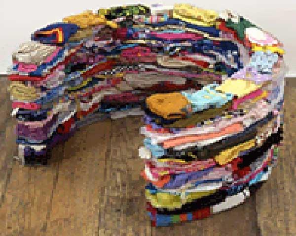 clothes-exhibit-mound