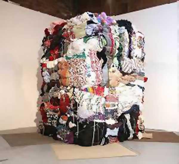clutter-exhibit