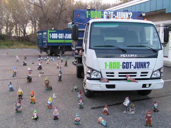 gnome-junk-protest