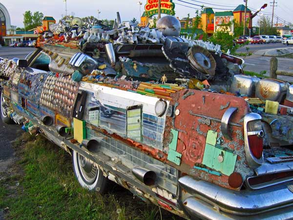 junk-car-art