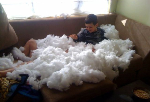 kid-pillow-snow2
