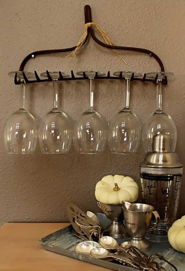 rake-to-glass-holder