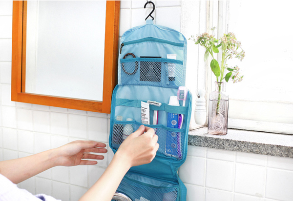 toiletry-travel-bag