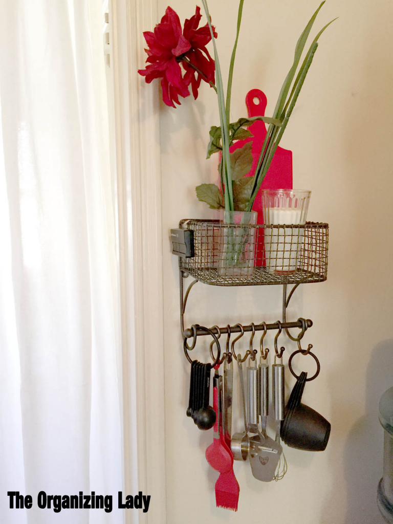 kitchen-utilities-basket-hooks