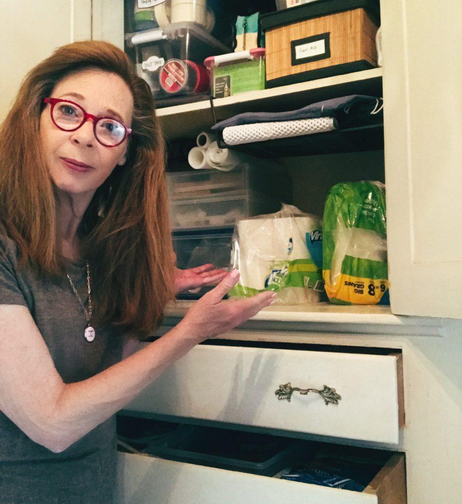 Cyndi Seidler - organized household essentials