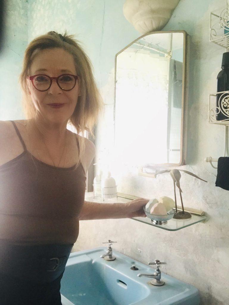 Cyndi Seidler on bathroom organization