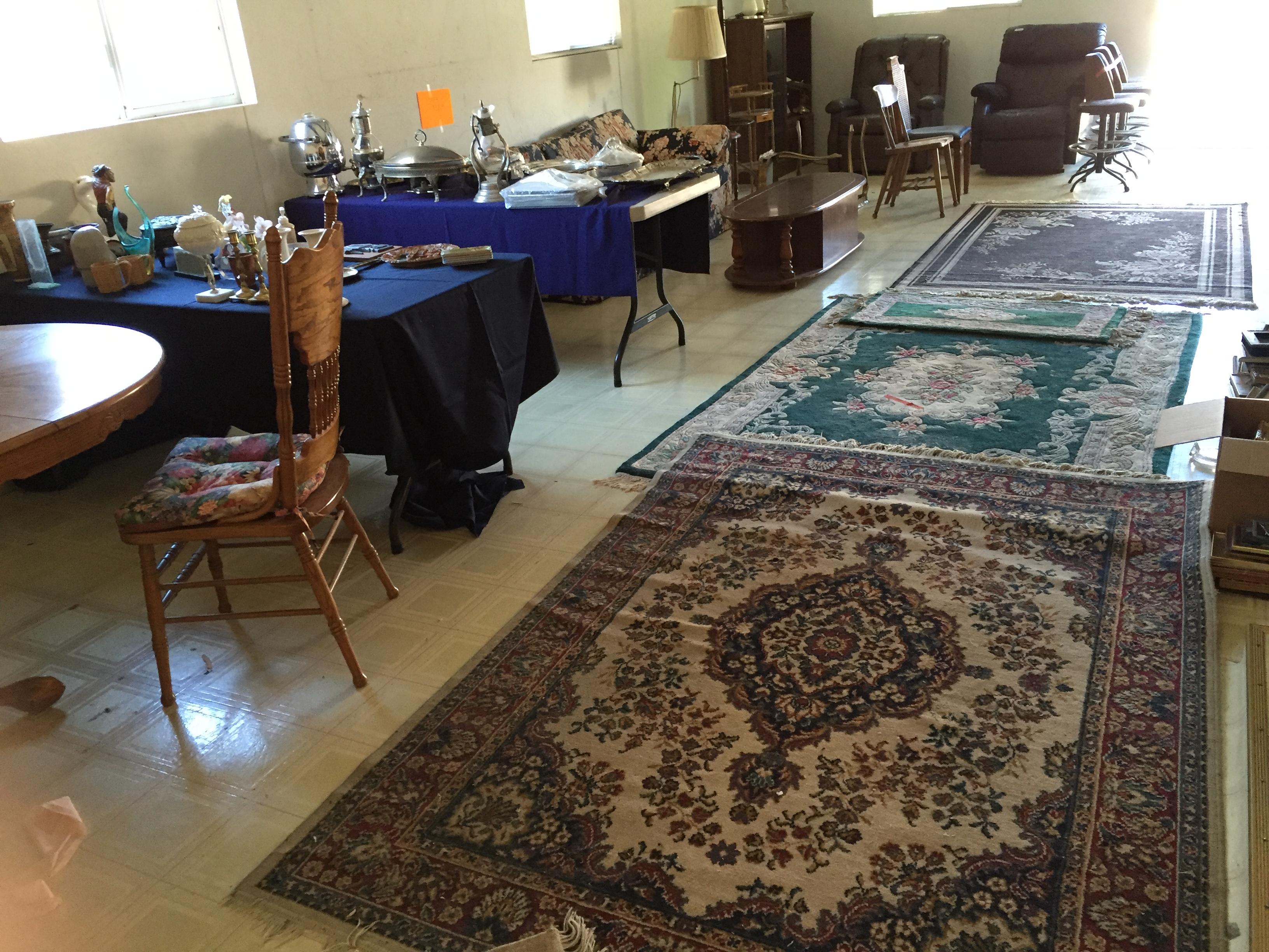 indoor sale room